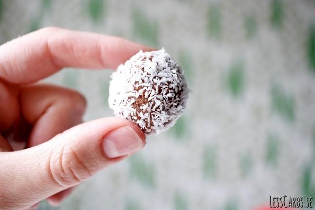 Ketobollar eller Kokosbollar