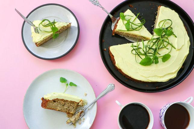 Zucchinikaka med lemoncurd-frosting – LCHF/glutenfri