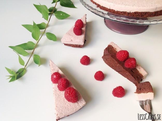 Chokladtårta med hallonpannacotta