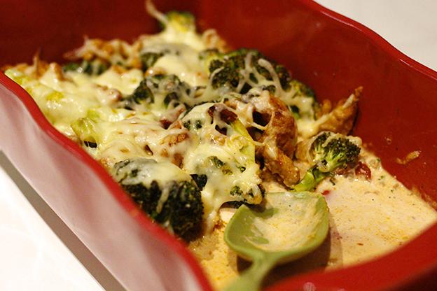 Broccolilåda med kycklingfärs