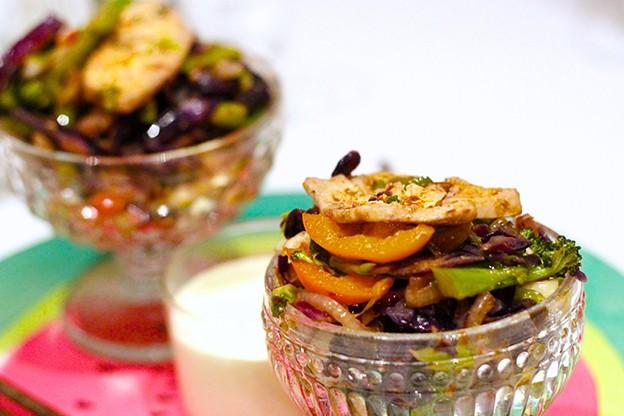 Grönsakspanna med kyckling och curryfräsch