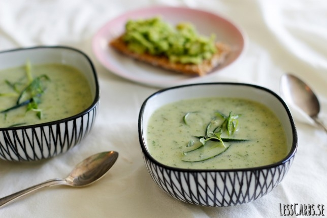 Mejerifri zucchinisoppa med timjan – vegetarisk/vegansk