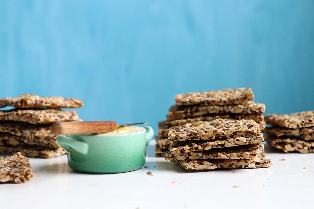 Tjockt fröknäcke – enklare att äta och mer likt vanligt knäcke!