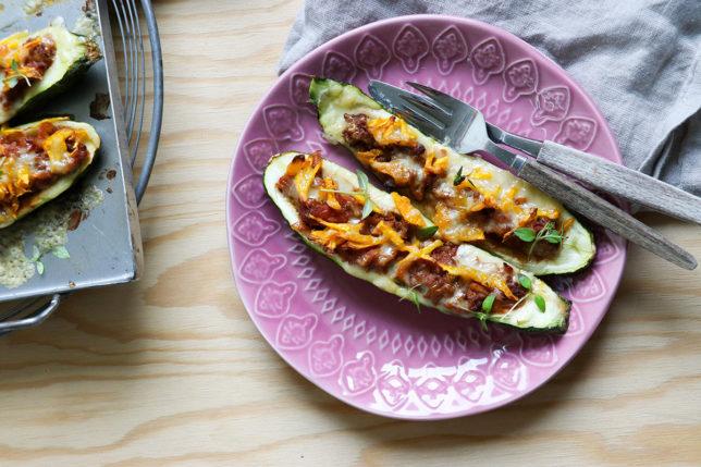 Fylld zucchini med köttfärs och ost, mums!