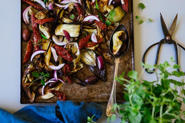 Grillsallad – ljummen med grekiska smaker