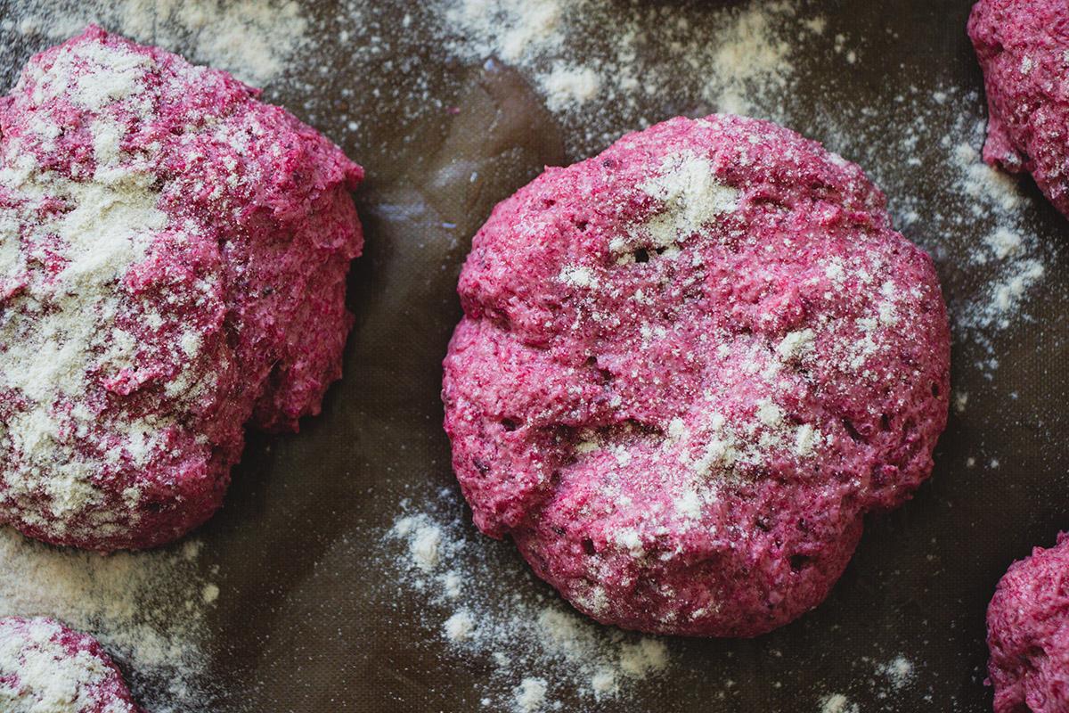 Glutenfritt rödbetsbröd