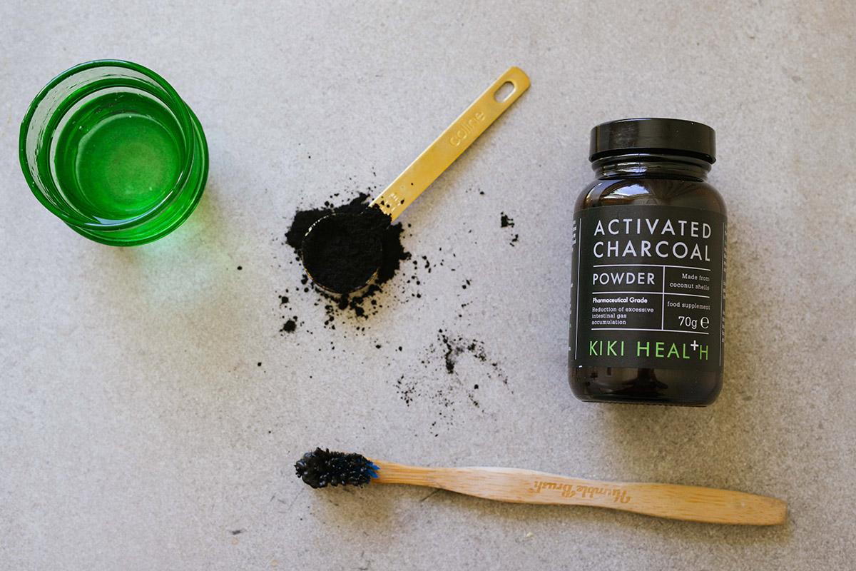 Omtyckta Aktivt kol - allt du behöver veta + recept | Lesscarbs.se PX-02