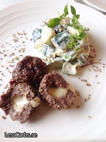 Nötfärsbiffar med rostad fänkål och mozzarella