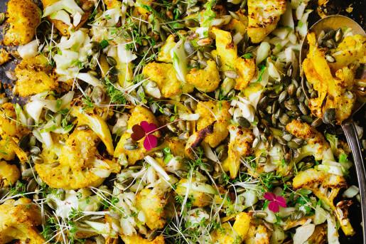 Rostad blomkål med näringsjäst och gurkmeja